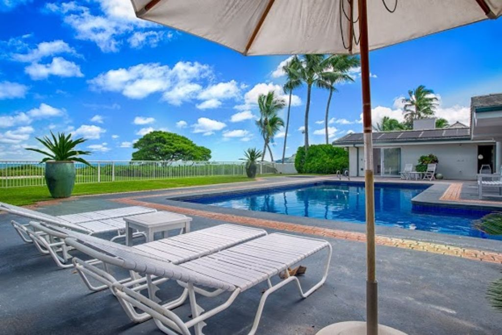 A Piece Of Heaven 6 Bdrm Kailua Beachfront Vacation Rental